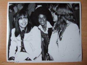 Майкл был приглашён туда в составе Jackson 5 и был немало удивлён этим знаком внимания со стороны Пола. Оказалось, что тот хотел подарить ему песню и даже спел её на той вечеринке для Майкла. Они обменялись телефонами, но Пол потерял стихи и ноты этой песни со времененм и не перезвонил Джексону. Когда же песня нашлась, то было поздно, и она вошла в London Town.