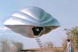 Кто помнит, в 1986 году вышел такой замечательный фильм Полет навигатора. А музыку к нему сочинил композитор Алан Сильвестри.
