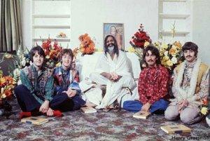 Я продолжаю преследовать Битлз, и потому еду в Индию! Черпая вдохновение в древней культуре Индии, The Beatles сделали ее послание вселенской любви и братства доступным для нескольких поколений людей Запада.