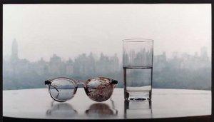 Очки Джона после смерти