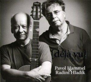 Радим Хладик, бессменый лидер Blue Effect, в дуэте с Паволом Хаммелом. Акустический альбом 2007 года.