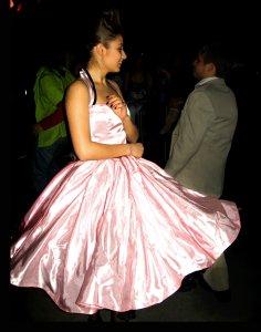 про ночь с 24 на 25))Это было нечто :) вообще необыкновенная ночь, такое количество кравых девушек в умопомрачительных нарядах и рок-н-ролла!!!