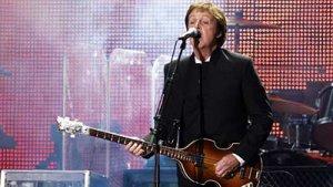 Ex-Beatle Asks Obama To Back Mideast Peace