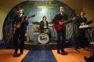 THE BOYS - 26 июня - 20:00 Паб Ливерпуль  А это The Boys 12 июня в Ливерпуле
