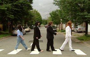 <- Political leaders come together over McCartney concert
