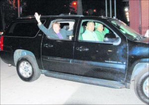 <- Paul McCartney waves as he arrives at the Lord Nelson on Friday night after a sound check at the Halifax Commons