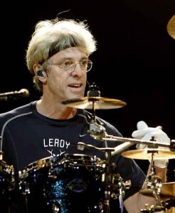 Stewart Copeland today is 57!!! Happy Birthday, man, I hope to see you in Russia!!! \m/ \m/ \m/