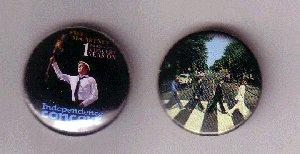 Значок. Сделан достойно (для сравнения - рядом фирменный значок Abbey Road, качество не отличается).