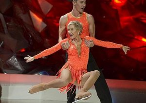 Heather Mills - Dancing on Ice Week 1 http://www.youtube.com/watch?v=8JrJXSBDY5I