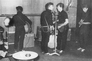 10 мая 1960 года.Спиной к объективу