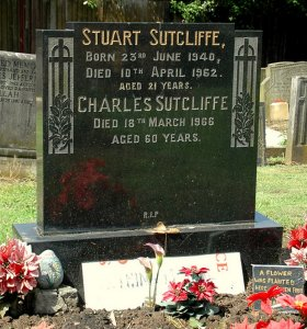 10 апреля- день смерти Стюарта Сатклиффа