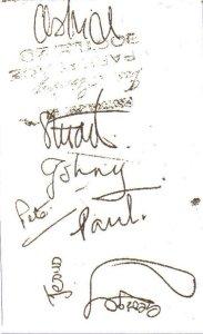 а это автографы битлов, среди них в том числе подпись Пита Беста и Стюарта