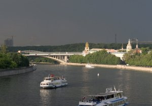 А это моя Москва - среда, четверг, пятница и т.д. обитания! Абажаю Воробьевы горы!