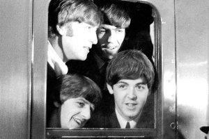Apple Finally Snares Beatles