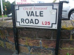 4) К основному дому Джона - Mendips, решил подойти с обратной стороны, пройдя по Vale Road.