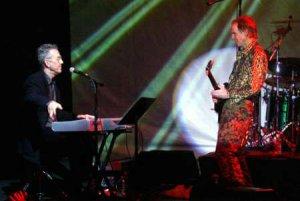 Участники The Doors впервые выступят в России. По собщению организатора гастролей, RIFF Entertainment, 7 июля дуэт Ray Manzarek and Robby Krieger of The Doors выступит в Москве в концертном зале Крокус Сити Холл.