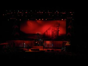 отличный концерт - мне очень понравилось, как и в 2008 году. Очень нравится стилистика группы и классный вокалист-фронтмен. Очень здорово, что сет-лист отличался от концерта 2008 года.