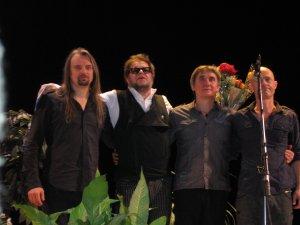Только что вернулась с акустического концерта Б.Гребенщикова!!!