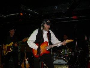 У меня есть 2 фото Тони Шеридана с его концерта в Kaiserkeller 21 ноября 2010