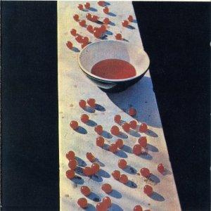 На мой скромный взгляд, Пол свой первый сольный альбом McCartney не переплюнит ни когда, как бы он не старался!