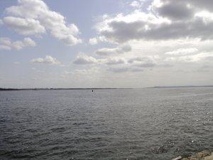 В этом месте Волга самая узкая из тех, что я видел.))) Всего-то 3 километра)))