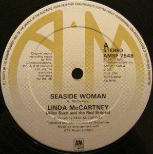 31 мая 1977 -US single release: 'Seaside Woman'