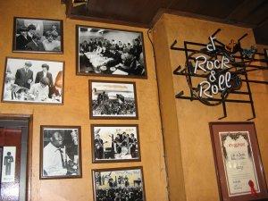 в Монникендаме тоже есть правильные места!:) Здесь я рассказывала про свою поездку в этот городок