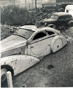 В середине века автомобиль был незаслуженно забыт и заброшен.