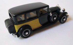 Ко мне сегодня приехал Rolls Royce 1930 Limousine De Ville от Eligor 1055.