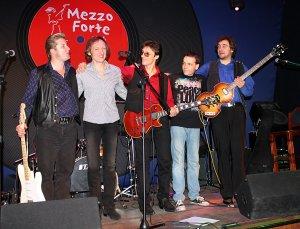 Клуб Mezzo Forte. Благотворительный концерт Beatles.ru в День Рождения Джона Леннона