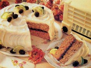 Хорошего человека поздравить - себе в радость :) С Днём рождения, Андрей! Любви, здоровья, и пусть жизнь приносит побольше удовольствий!