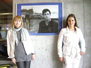 Присоединяюсь ко всем их просьбам! )) Фото в музее Beatlemania летом 2009 года