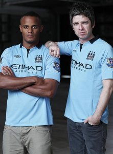Vincent Kompany and Noel Gallagher at the Rock Werchter festival
