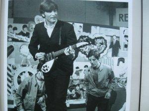 Гарет Томас: Иллюстрированная биография John Lennon (русское издание)