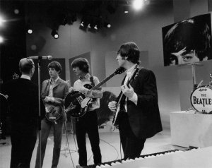 Битлз завоевали сердца американской теле-аудитории во время трех выступлений  на The Ed Sullivan Show в феврале 1964 во время первого посещения Америки. В этот день они появились на шоу в четвертый и последний раз.