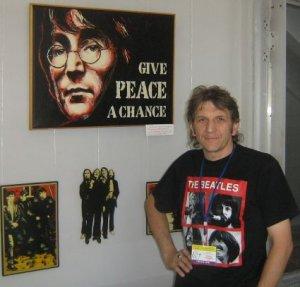 Виталия знаю лично. В Днепропетровск он переехал недавно. Вот материал, приуроченный к 70-летию Джона из Узбекистана