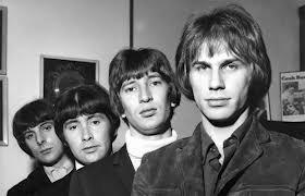 Больше всего любил их альбом Trogglodynamite. Связанна это любовь была тем,что я его крутил в 15 лет. Такое не забывается. Эта замечательная группа многим тогда , в СССР доставила радостных минут счастья.