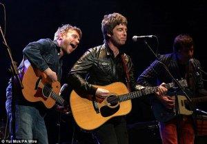 В ночь на субботу в Альберт-холле состоялся очередной концерт в поддержку детей, больных раком.