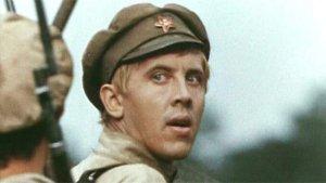 Советских актёров становится всё меньше.
