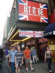 Мюзикл Let It Be на Бродвее