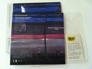 Дополнительный диск содержит 8 композиций Wings Over San Francisco - Live at the Cow Palace.