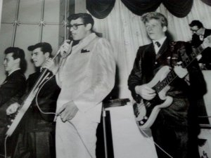 Лидер группы Johnny Pat & The Aces  поделился своими воспоминаниями о Битлз . Интервью Джонни Пэта войдет в электронную версии  книги The Beatles and Me .
