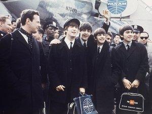 19 сентября родился Брайан Эпстайн - легендарный менеджер легендарной группы The Beatles. Благодаря этому человеку группа заполучила на должность ударника Ринго Старра, записала первый альбом и обзавелась костюмами-битловками. В День рождения пятого битла мы предлагаем вам пять экскурсий по местам боевой славы ранних Битлз.