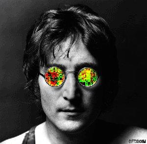 Звучит Imagine, позвякивают кубики льда в бокале, вспоминаю Джона.....