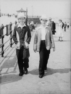 Ringo Starr on the right, 1955