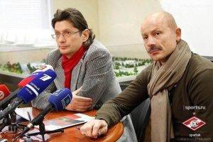Cпартак подписывает контракт с тренером Карчесовым.