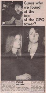 * Газетная вырезка о посещении Пола, со своей новой подругой - Линдой Истмен, ланча в честь дебютной пластинки Мэри Хопкин в башне GPO, 13 февраля 1969 года.