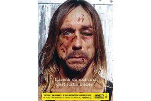 Игги Поп «под пытками» признал Джастина Бибера будущим рок-н-ролла. Изувеченное лицо отца панк-рока появилось на плакате с надписью «Джастин Бибер — будущее рок-н-ролла», сообщает The Guardian. Плакат является частью рекламной кампании Amnesty International против пыток с лозунгом «Под пытками человек скажет что угодно».