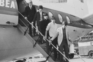Манчестер, готовься к сломанным стульям!(1964)