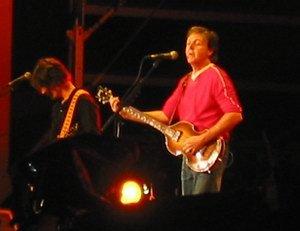 Итак, важное событие моей жизни, как истинного битломана со стажем 20 лет, состоялось - я был на концерте Пола Маккартни!